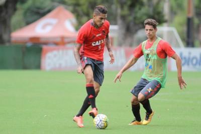 Vai: Guerrero tem a chance de dar vitória ao Flamengo