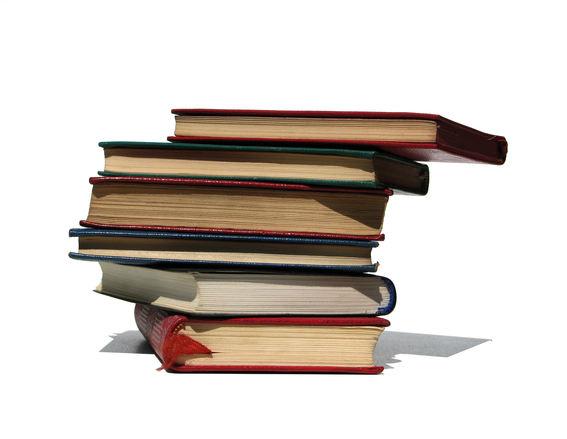 Opinião: Livros didáticos viraram instrumento de propaganda política (Foto: Divulgação)