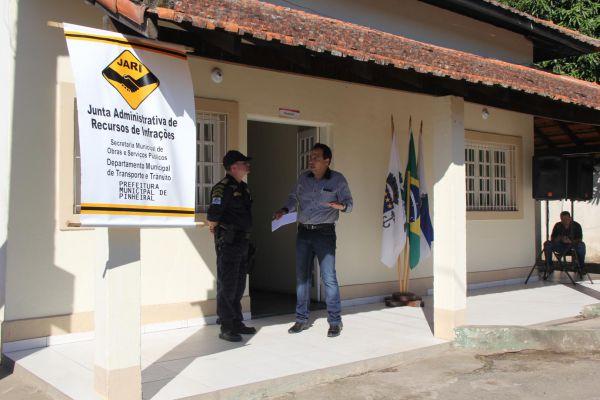 Serviço: Cidadão que não concordar ao ser multado em Pinheiral agora poderá recorrer através da Jari (Foto: Divulgação PMP)