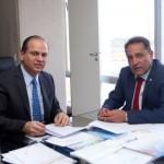Apoio: Deley e Ricardo Barros discutem questões em torno do Hospital Regional