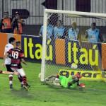 Jovem: Vizeu comemora gol da vitória (Paulo Dimas)