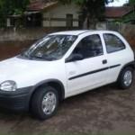 Furtado: Corsa Wind, branco, placa KOK 7932 (Volta Redonda), foi levado na noite da última quinta-feira no Ano Bom, em Barra Mansa (Foto: Cedida/Arquivo pessoal)