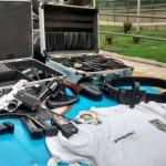 Apreensão: Materiais furtados, armas e munições foram encontradas com o suspeito em Volta Redonda (Foto: Cedida pela Polícia Militar)