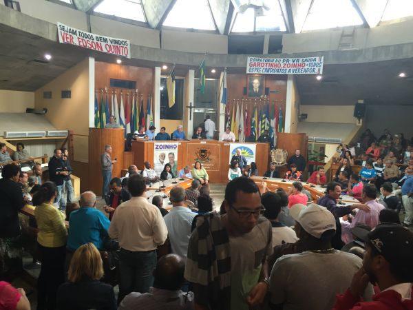 Motivados: Militantes do PR e do PRP lotaram plenário da Câmara Municipal para apoiarem pré-candidatos