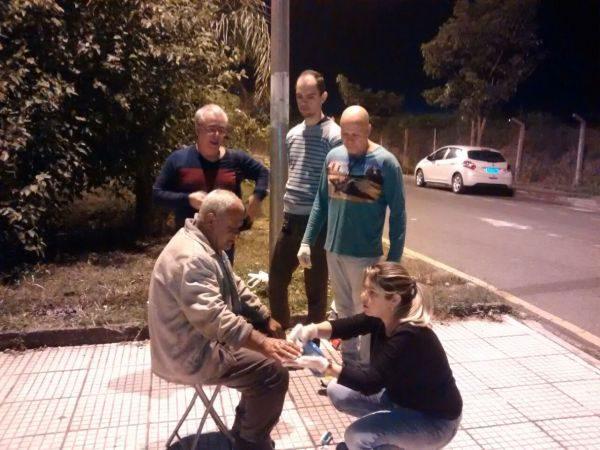 Ajuda: Associação Grupo Irmã Regina realiza um trabalho de apoio à população de rua há 14 anos (Foto: Cedida por André Luiz Di Stasio)