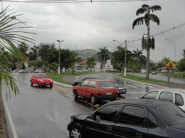 Acidente de carros em Niteroi- Libania Nogueira (5)