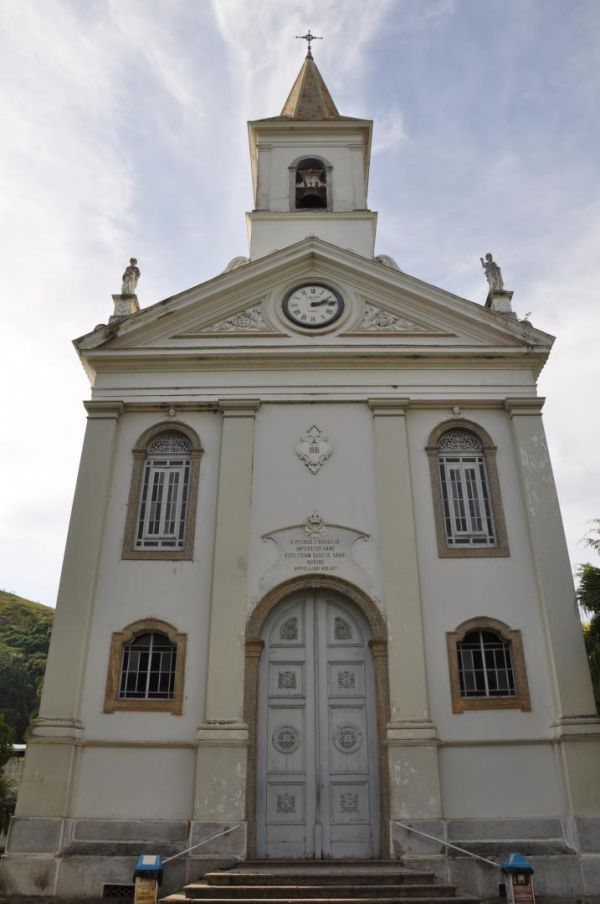 Do século XIX: Igreja de Sant'Anna foi construída para atender as necessidades espirituais dos imigrantes em quarentena contra a febre amarela (Foto: Divulgação)