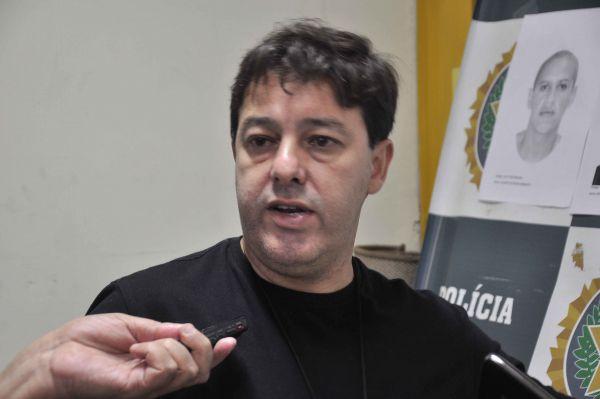 Análise: Delegado Ronaldo Aparecido de Brito investiga um dos assaltos ocorridos em Barra Mansa