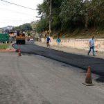 Em obras: Asfalto borracha vai passar pela Avenida do Contorno até o bairro Jardim Valença (Foto: Divulgação)