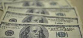 Dólar abre em alta a R$ 3,68 e Bolsa de Valores opera em queda