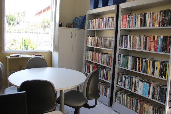 Mais moderno: Espaço conta com cinco salas de leitura equipadas com computadores para pesquisa, uma sala infantil e mesas para contação de histórias (Foto: Divulgação)
