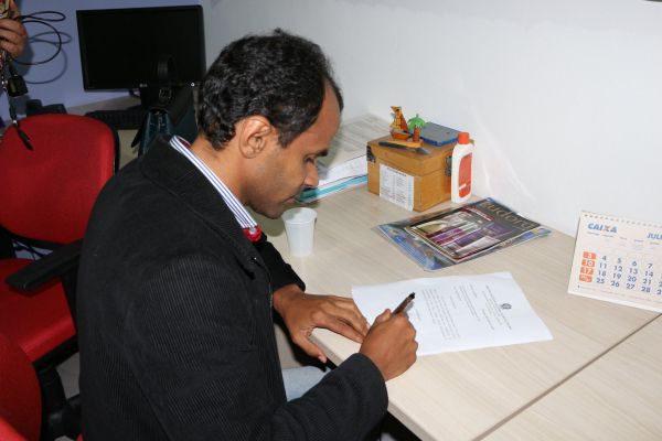 Decisão: Dudu toma ciência oficialmente da ordem judicial para assumir a prefeitura