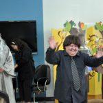 'Manifesto do Curupira': 'Prefeito Neto' (à direita na foto) foi um dos personagens da peça sobre meio ambiente (Foto: Divulgação PMVR)