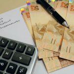 Renda menor: Pesquisa indica que o recuo no movimento em busca por crédito foi mais expressivo na faixa de renda até R$ 500 mensais (Foto: Marcos Santos/USP Imagens)