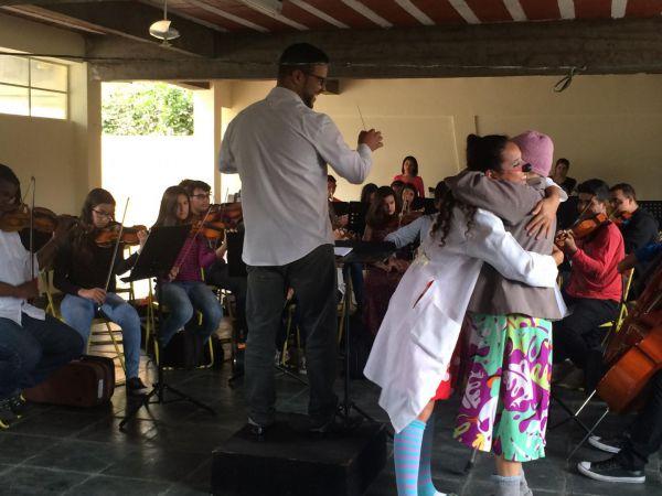 Concertos sociais: Jovens músicos deram início ao projeto no Asilo Vila Vicentina, que fica no Ano Bom (Foto: Divulgação)
