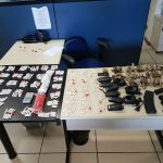 Material apreendido em local que servia como depósito de drogas e armas (foto: Cedida pela PM)