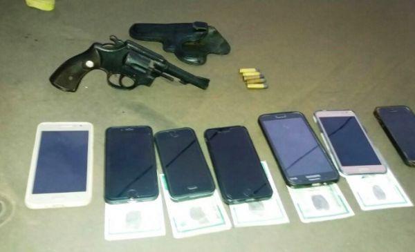suspeitos-de-roubo-de-celulares-sao-presos-co