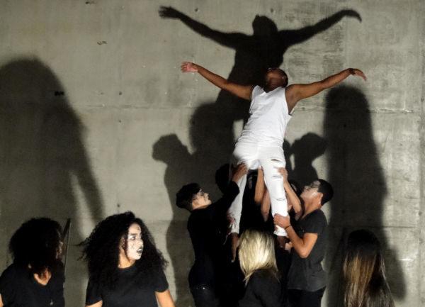 TV.V: Proposta do grupo é mostrar as prisões em que vivemos de várias outras maneiras (Foto: Divulgação)