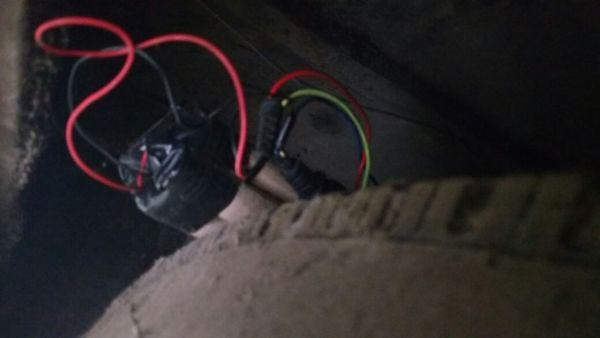 Suposta bomba estava junto a um ônibus da Viação Resendense (Foto: Enviada via WhatsApp)