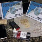 Polícia ainda conseguiu apreender drogas (foto: Cedida pela PM)