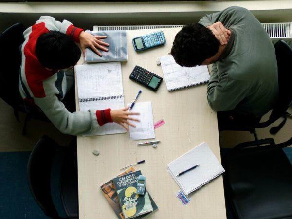 Futuro: Uma das funções do ensino básico é preparar o indivíduo para ingressar no mercado de trabalho (Foto: Divulgação)
