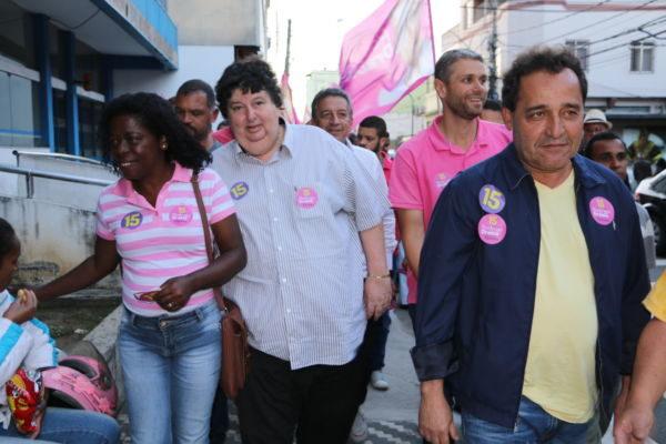 Nas ruas: Rodrigo, Neto, Deley e Professora Fátima fazem corpo-a-corpo nas ruas de Barra Mansa