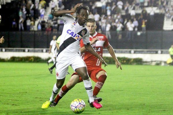 Com mais uma atuação fraca, o Vasco manteve a irregularidade no segundo turno da Série B (Foto: Divulgação)