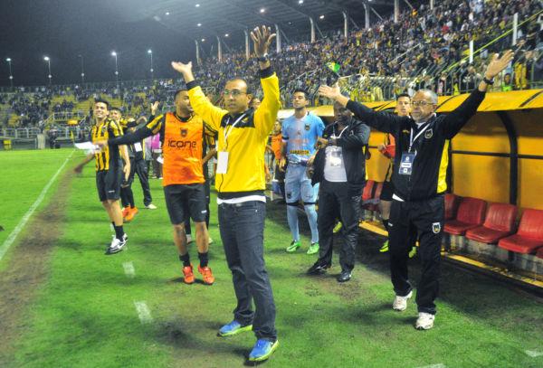 No ano passado: Surian foi o grande maestro do Voltaço no título da Série D do Campeonato Brasileiro (Foto: Paulo Dimas)