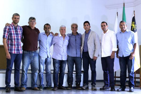 candidato a prefeito de Volta Redonda Paulo Baltazar  recebeu, o apoio de 13 prefeitos eleitos da região (foto: Divulgação)