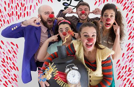 'Corazón de Payaso': Espetáculo fala sobre cinco palhaços em cena que buscam cinco formas diferentes de se criar uma história