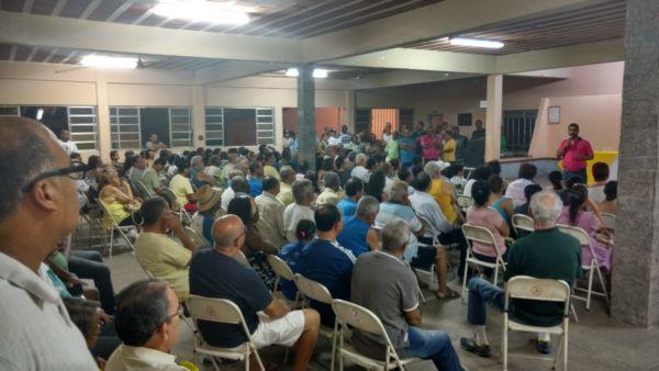 Anúncio de apoio a Samuca foi feito por Jari durante reunião no Clube do Bocha, na Vila Santa Cecília (foto: Divulgação)