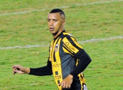 Tiago Amaral ainda conversa para saber se fica no Volta Redonda