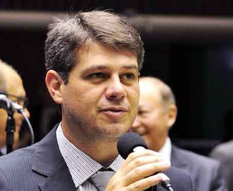Serfiotis: 'Sem dúvida, são recursos que vão beneficiar diretamente os jovens brasileiros' (Foto: Arquivo)