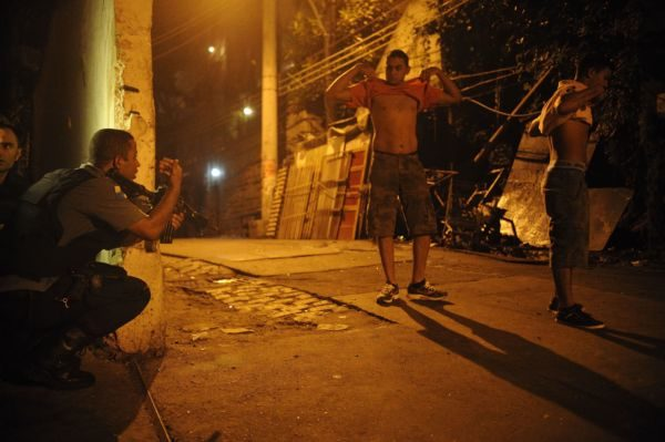 Arriscado: Região do Pavão-Pavãozinho e Cantagalo viveu dias de tensão (Foto: Divulgação)