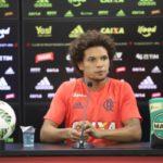 Esperançoso: Volante William Arão disse que ficou feliz com o tropeço do Palmeiras contra o Atlético-MG (Foto: Gilvan de Souza/Flamengo)