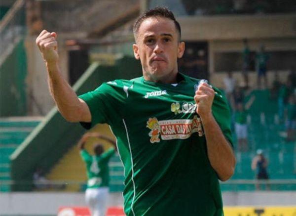 Reforço: Pipico foi vice-campeão do Campeonato Brasileiro da Série C neste ano com o Guarani (Foto: Reprodução Facebook)