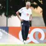 Nova era: Com seis vitórias no comando da Seleção Brasileira, Tite já conquistou jogadores, torcedores e a imprensa (Foto: Lucas Figueiredo/CBF)