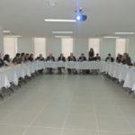 Reunião: Dirigentes alegam que demora na revisão da Lei Geral do Turismo impede desenvolvimento da atividade no país (Foto: Divulgação)