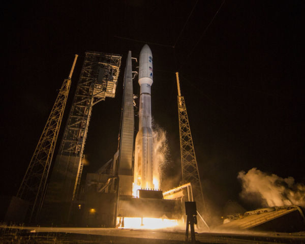 Partida: O GOES-R foi levado pelo foguete Atlas 5