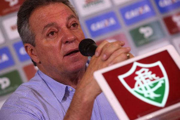 Tristeza: Abel Braga lamentou a perda dos companheiros de profissão, jornalistas, em especial ao amigo Mário Sérgio (Foto: Nelson Perez/Fluminense F.C.)