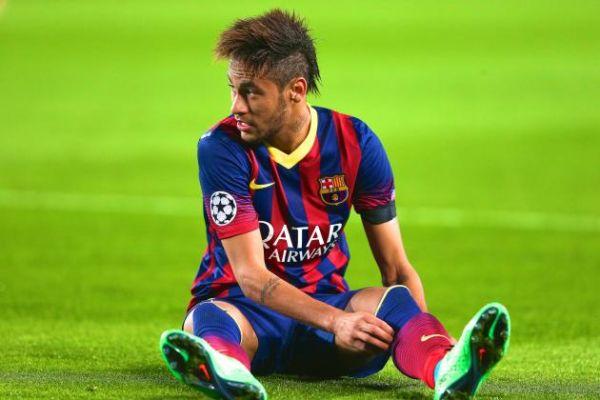 Melhores do ano: Neymar é o único jogador brasileiro ofensivo na lista divulgada pela Fifa (Foto: Arquivo)