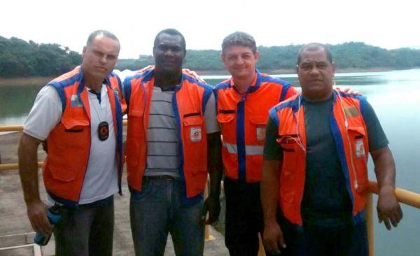 De perto: Integrantes da Defesa Civil estiveram estreitando os laços com os gestores da Represa do Funil/Furnas, em Itatiaia (Foto: Divulgação)