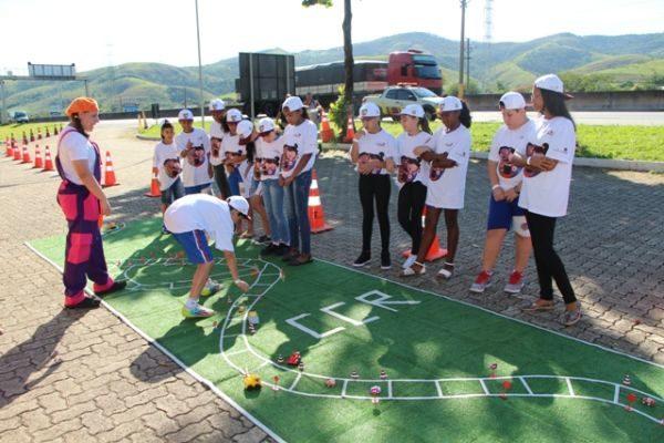 Blitz educativa: Edições da ação aconteceram nos municípios de Seropédica e Volta Redonda, e nas cidades de São José dos Campos e Roseira (Foto: Divulgação)
