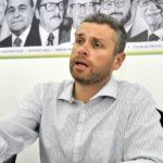 Prioridade: Rodrigo Drable determinou que todos os recursos da prefeitura se destinem ao pagamento do pessoal (Foto: Paulo Dimas)