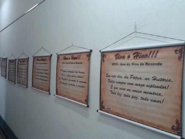 'Viva o Hino': Exposição é composta por textos e fotos (Foto: Divulgação)