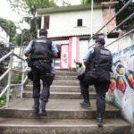 Policiamento na UPP Chapéu Mangueira - Babilônia
