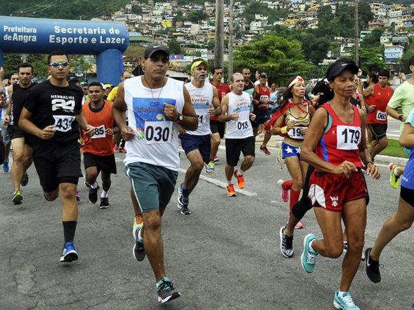 Largando da Praia do Bonfim: Tradicional corrida dos Santos Reis ocorre hoje, às 20h30 (Foto: Divulgação)