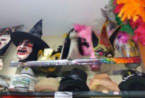 Lojas especializadas apostam nas vendas de acessórios de Carnaval