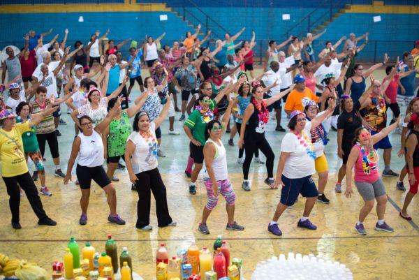 """'Aulão"""" foi realizado no ginásio da Ilha São João e teve café da manhã (foto: Gabriel Borges - PMVR)"""