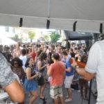 Pré-Carnaval: Artistas regionais animaram os foliões do Bloco do Lençol (Foto: Franciele Bueno)